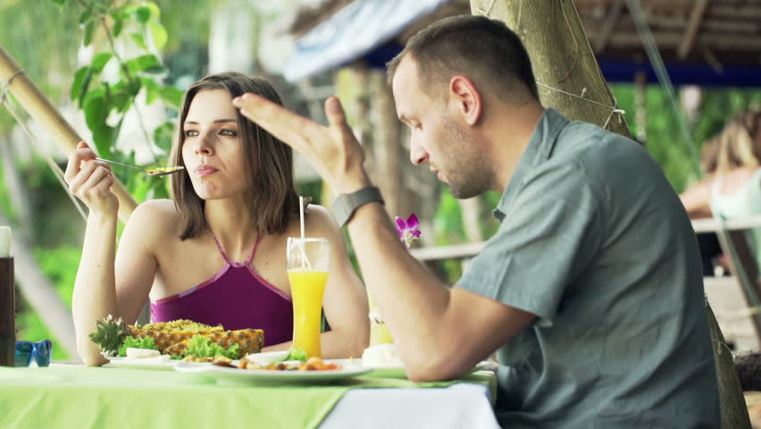 33 Things To NEVER Say on a First Date